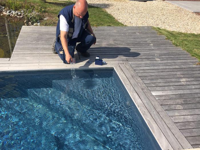 Sos mon eau de piscine est verte europiscine - Anti algues piscine sulfate de cuivre ...