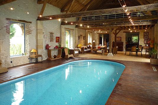 deco piscine intrieure awesome photo piscine interieure maison images joshkrajcik us piscine. Black Bedroom Furniture Sets. Home Design Ideas